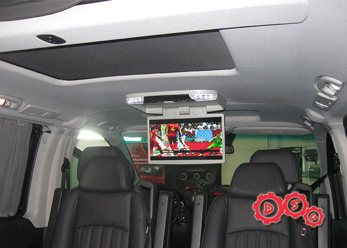 Установка потолочного монитора в Mercedes Viano.
