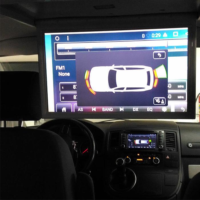 Установка потолочного монитора / магнитолы / камеры заднего вида в автомобиль VOLKSWAGEN MULTIVAN T6 с коммутацией мултимедийной системы
