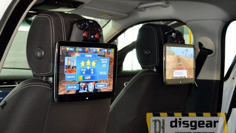"""11,6"""" универсальный навесной Android/ FullHD монитор на подголовник в автомобиле Range Rover Velar"""