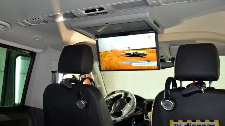XM 1360RDUD моторизированный потолочный Авто монитор