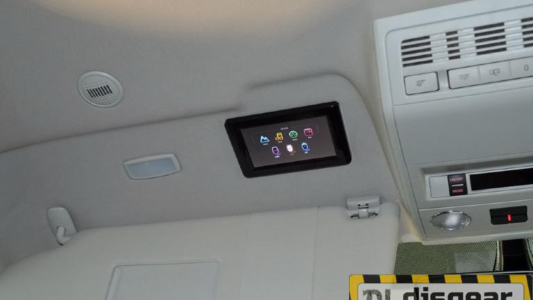 XM 1360RDUD моторизированный потолочный автомобильный монитор