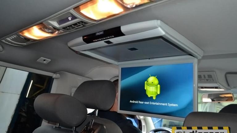 """Android Pie 17.3"""" потолочный FullHD автомобильный монитор серого цвета"""